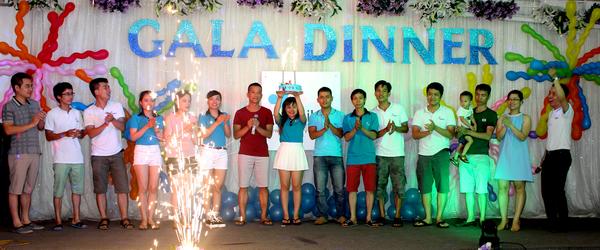 Tổ chức gala dinner chuyên nghiệp
